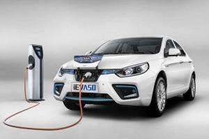 S1-voitures-electriques-plus-d-un-million-vendues-en-2017-dans-le-monde-553751
